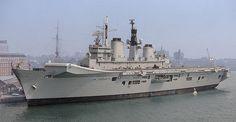 HMS Illustrious (R06) - Wikipedia