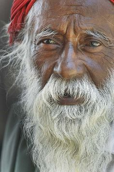 India by babasteve, via Flickr. What wise eyes, a reflection of a beautiful soul.