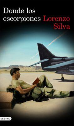"""""""Donde los escorpiones"""" Lorenzo Silva. Un militar español destinado en la base ha aparecido degollado, y, junto a él, el arma del delito: una hoz plegable de las usadas por los afganos para cortar la amapola de la que se extrae la droga que representa la principal fuente de riqueza del país."""