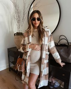 Casual Maternity Outfits, Stylish Maternity, Maternity Wear, Winter Maternity Style, Winter Pregnancy Outfits, Cute Maternity Style, Estilo Baby Bump, Mode Outfits, Fashion Outfits