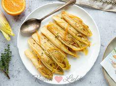 Gesmoorde witlof in sinaasappelsaus Surprise Recipe, Go For It, Carrots, Good Food, Appetizers, Soup, Lunch, Dinner, Vegetables