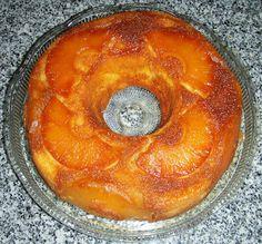 Bolo húmido de ananás - http://www.mytaste.pt/r/bolo-h%C3%BAmido-de-anan%C3%A1s-4726471.html