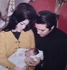 Elvis Presley's Family Members | Sweet family - elvis-and-priscilla-presley Photo