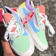 Colourful vans☀️