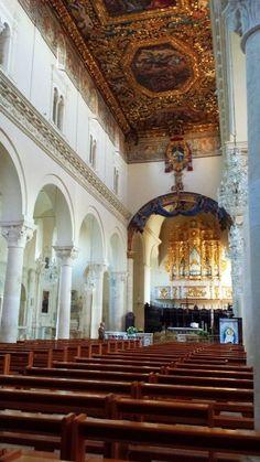 """Una guida completa sulla Cattedrale di Gravina in Puglia """"Santa Maria Assunta"""".  Se desideri visitarla, stampa questa guida e portala con te a Gravina, perché non trovi di più esaustivo su questo argomento."""