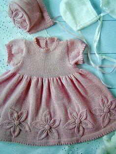 2015 Yeni Moda Örgü Bebek Elbisesi Modelleri