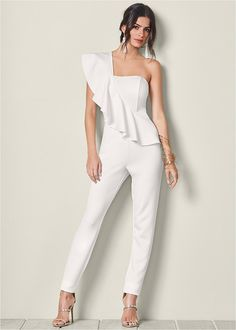Stun them in a one shoulder jumpsuit that is ruffled to the max. Sexy Outfits, Night Outfits, Cute Outfits, Jumpsuit Dressy, Red Jumpsuit, One Shoulder Jumpsuit, Latest Fashion For Women, Womens Fashion, Overall