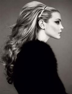The new October 2009 issue of Numéro Korea pays homage to the glamour and femme fatale fashion with Jessica Stam in an editorial entitled 'Heroine' by Mariano Vivanco. Jessica Stam, Image Mode, Big Hair, Poofy Hair, Gorgeous Hair, Amazing Hair, Great Hair, Hair Today, Hair Dos