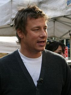 Jamie Oliver is a special guest in today's #celebrity #birthday. Happy birthday, mr. Oliver!