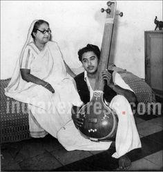Kishore Kumar, Kishore Kumar mother