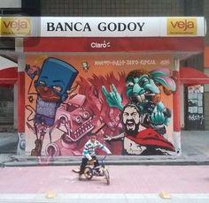 Ignoto  Galo  Tars  Kueia! - São Paulo Brasil.  #ignoto #galosurreal #tars #kueia #galvanigalo #karenkueia #vejalixo#saopaulo #brasil #graffiti #streetart #urbanart #elgraffiti #art #mural @ignotograffiti @galograffiti @tars_tars @karen.kueia by elgraffiti