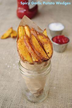 US Masala: Garlic Masala Baked Potato Wedges