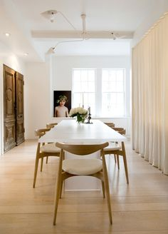 White dining table & mid-century chairs
