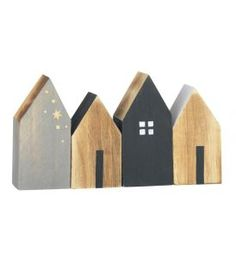Set (4) houten huisjes Madam Stoltzk. Want to do this for one of my rooms.
