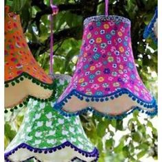 rice lampshades hanging in the trees Vintage Lampshades, Craft Projects, Projects To Try, Craft Ideas, Tulle Poms, Light Crafts, Cool Lighting, Decoration, Party Time