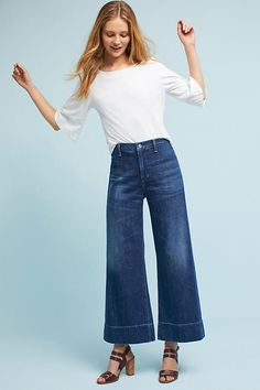 Slide View: 1: Citizens of Humanity Abigail High-Rise Wide-Leg Cropped Jeans
