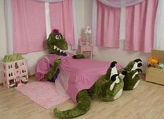 this kids bed is too cute!