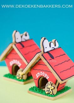 Snoopy Doghouse Cookies