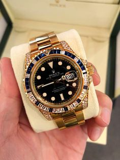 Rolex Models, Rolex Gmt Master, Popular Watches, Hand Watch, Luxury Watches For Men, Fashion Watches, Rolex Watches, Mens Fashion, Gold