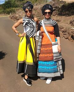 African Print Wedding Dress, African Wedding Attire, African Attire, Shweshwe Dresses, African Maxi Dresses, African Dresses For Women, South African Traditional Dresses, Traditional Outfits, Traditional Weddings