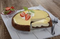 Margot cheesecake - Lahodné recepty z čokolád a tyčinek ORION Eastern European Recipes, Czech Recipes, Sweet Cakes, Cheesecake Recipes, Cheesecakes, Baked Goods, Cupcake Cakes, Food And Drink, Sweets