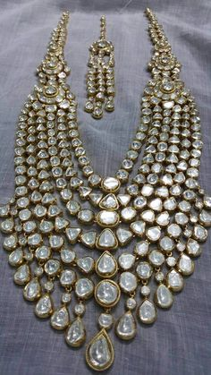 Sagar Jewellers Indian Jewelry Sets, Indian Wedding Jewelry, Bridal Jewelry Sets, Bridal Jewellery, Indian Bridal, Stylish Jewelry, Fashion Jewelry, Wedding Jewellery Inspiration, Necklaces