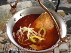 Hungarian Recipes, Hungarian Food, Fish Dishes, Chili, Soup, Beef, Diet, Meat, Hungarian Cuisine