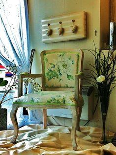 344d1b673cb04aeac87456aae8279704--bedroom-chair-laura-ashley