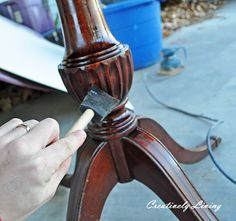 Refinish a table in one hour! hmm...