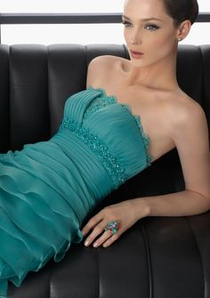 A-line Strapless Floor-length in Organza Cocktail Dress