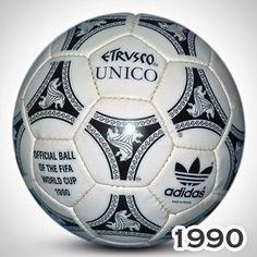 Italia 1990-Balón oficial