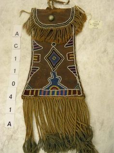 The original Plains Indian Seminar discussion group focusing on the historic material culture of the prairie, plains and plateau cultures of North American. Comanche Indians, Indian Beadwork, Native American Regalia, Pouch Bag, Pouches, Medicine Bag, Beaded Bags, First Nations, Leather Boots