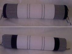 Rolo para berço confeccionado em tecido 100% algodão, enchimento em espuma tubo de 10cm de diâmetro forrada em tnt.  Capa removível que facilita a lavagem da peça.  *As cores podem ser escolhidas e o modelo personalizado. Consulte disponibilidade. R$ 35,90