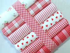 Fat quarter fabric bundle - 100% cotton - French Bistrot red and white stripes, checks and polka dots