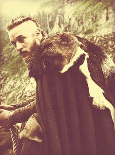 - Ragnar Lothbrok ❤ he makes the violence of Vikings a little easier to watch