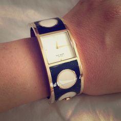 NWT Kate Spade Deborah Dot Bracelet Watch Rare Kate Spade Deborah Dot Bracelet watch, new in box, gold tone hardware with black and white dot enamel. Never used. Protective film still on watch. Comes with gift box and manual. Will require battery. Smoke free home kate spade Accessories Watches