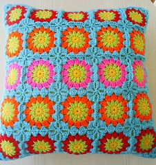 circle in a square cushion cover (riavandermeulen) Tags: colors circle square crochet cover granny cushion