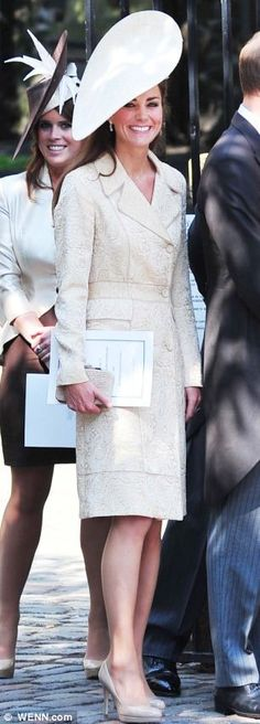 Catherine, Duchess of Cambridge and Princess Eugenie. Love her hat and outfit
