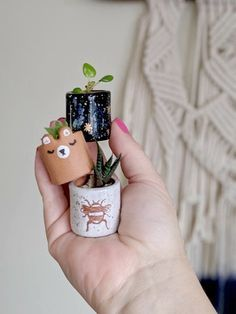 Miniature Planter Set Seedling Pot Favors Mini Succulent Plant Pot delivers online tools that help you to stay in control of your personal information and protect your online privacy. Ceramic Clay, Ceramic Pottery, Pottery Art, Pottery Ideas, Polymer Clay Crafts, Diy Clay, Plant Wedding Favors, Do It Yourself Baby, Clay Art Projects