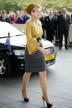 MYROYALS &HOLLYWOOD FASHİON: Queen Máxima attended an exhibition in Amsterdam, October 18, 2013.