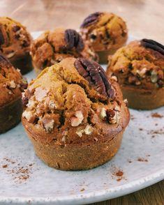 Muffins d'automne - Debra A Newberry Oatmeal Breakfast Cookies, Banana Oatmeal Cookies, Healthy Oatmeal Cookies, Chocolate Chip Oatmeal, Chocolate Muffins, No Cook Desserts, Health Desserts, Dessert Recipes, Batch Cooking
