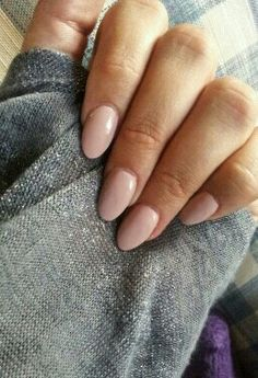 Nude oval nails