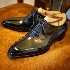 ilquadrifoglio:  il QuadrifoglioBespoke Balmoral Shoes Official Site:http://ilquadrifoglio-kobe.com/ Follow us on Facebook :https://www.facebook.com/ilQuadrifoglioKOBE Instagram :http://instagram.com/quadrifoglio_scarpe Calzature Su Misura, prodotto di KOBE fatto a mano
