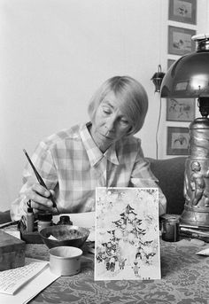 Tove Marika Jansson ) was a Swedish-speaking Finnish author, novelist, painter, illustrator and comic strip author. Best Movies To See, Moomin Books, Tove Love, Art Eras, Dream Drawing, Chagall, Moomin Valley, Tove Jansson, Picasso