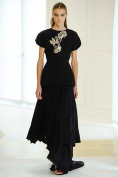 Christian Dior Fall 2016 Couture Fashion Show