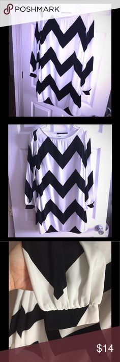 Tobi Black & White chevron shift dress S Small Super cute, worn once, dry cleaned, excellent condition! Size small, hidden side zipper, lined. I wore to a wedding paired with a I thin black belt or wear w/o a belt for true shift style. Tobi Dresses Mini