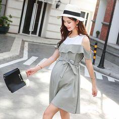 Stylish Ruffle Maternity Dress  Department: Maternity Style: Fashion, Maternity Sleeve Length: Short Silhouette: A-Line Dresses Length: Knee-Length Material: Cotton, Polyester, Linen Decoration: Sashes  #nochillbanana #maternity #pregnancy #dress #maternitydress #bump #bellybump #dressthebump #clothing #2018 #trending #goodvibes #awesome #design #fashion #girlboss #instagram #mom #momtobe #outfitinspo #comfortable #pregnancydress