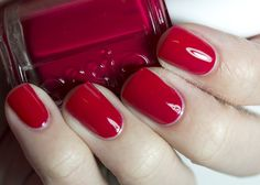 """The Nail Network: Essie Winter 2012 Colletion """"She's Pampered"""""""