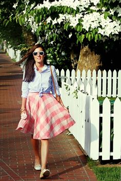 Classy Girls Wear Pearls: Edgartown, Martha's Vineyard