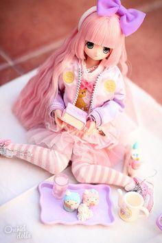 Reading by OrchidDolls on DeviantArt Lily . Reading by OrchidDolls on DeviantArt Anime Dolls, Blythe Dolls, Barbie Dolls, Ball Jointed Dolls, Pretty Dolls, Beautiful Dolls, Kawai Japan, Pelo Anime, Kawaii Doll